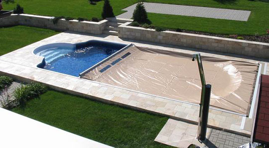 Close up image of manual pool cover